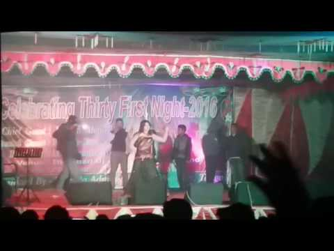 Xxx Mp4 Hot Song গ্রামের মঞ্চেও খোলামেলা নাচ না দেখলে মিস Bangla Sexy Video Song 3gp Sex