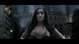 Viral Wonder Woman Video Shows She Has an Audience