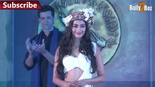 Pooja Hegde Hot At Mohenjo Daro Music Launch | Bolly2box