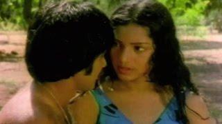 Couple gets romantic - Anadi Khiladi, Scene 4/16
