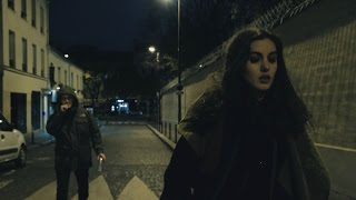 Au bout de la rue (Court-métrage) (Subtitles available)