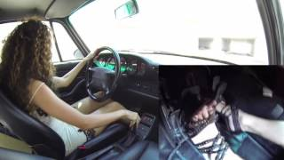 Fast Driving Girls - Fede, Porsche 911 (993) - high heels and barefoot (V081)