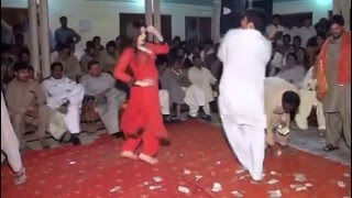 Hot Pashto Dance Raja Fakhar Abbas ( Peedo ) wedding video Mulhal Mughlan