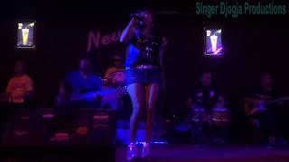 ELLY ANGELINA SINGER DJOGJA