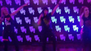 Just Dance 2 - EMI Grammy After-Party - Cosmic Girl - Jamiroquai