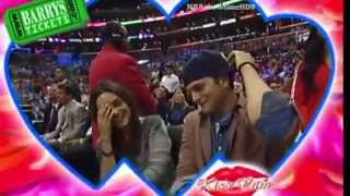 Mila Kunis & Ashton Kutcher's Kiss Cam Moment