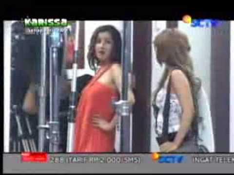 Andi Soraya vs Dewi Persik