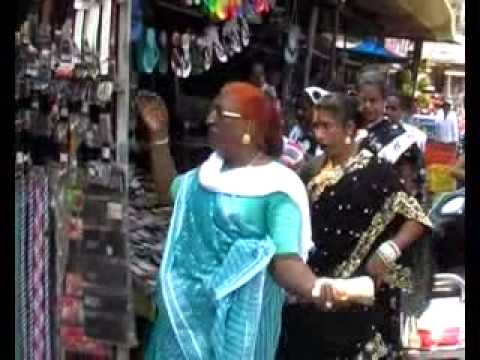 2 Hijra Kinner Dancing on Diwali Festival CG BSP