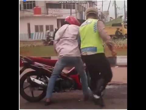 polisi bejat penindas rakyat