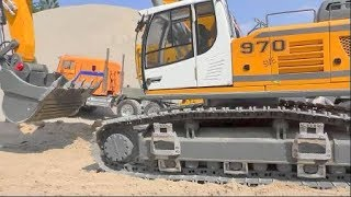 BEST OF RC CONSTRUCTION MACHINES! HEAVY COOL RC MACHINES FROM LIEBHERR, VOLVO OR KOMATSU! RC ACTION