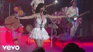 Katy Perry - Teenage Dream (Live on Letterman)
