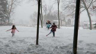 Running Barefoot in the Snow! (WK 264.4) | Bratayley