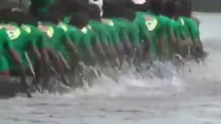 নড়াইলের চিত্রা নদীতে গ্রাম-বাংলার ঐতিহ্যবাহী নৌকা বাইচ প্রতিযোগিতা। NarailProtidin.Com