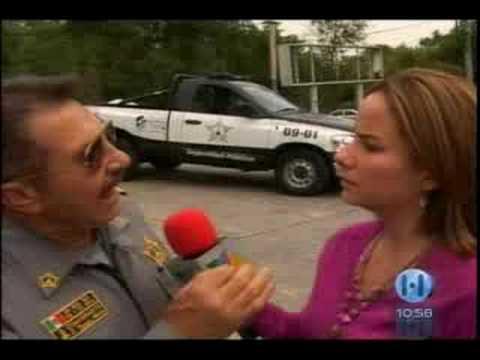 Policia Oficiales de Naucalpan con la Caguama