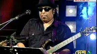 Ayub Bacchu (L.R.B.) - Bangladesh (Great Guitar Play) (Call Er Gaan Live)