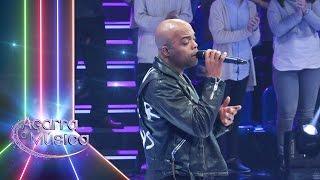 Nelson Freitas canta