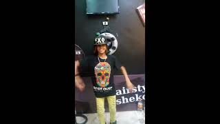 معتصم فوكس وصالح فوكس  رقص فاجر علي مهرجان عم شفيق  ف محل شيكو لولاكي الجديد 2017
