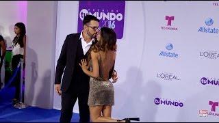 Premios Tu Mundo Alfombra Azul Miguel Varoni y Catherine Siachoque 2016