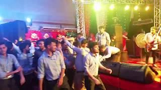 ওরে সাম্পানওয়ালা O Re Shampanwala -Tui Amare Korli Diwana (LIVE)|| Popular Bangla Song