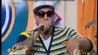 Puya feat Alex  - Sus pe bar