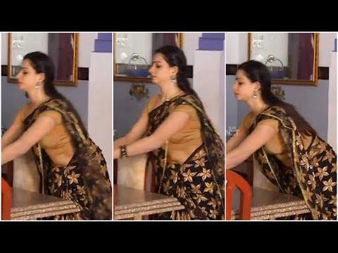 Xxx Mp4 സീരിയല് നടി ദിയയുടെ ഉഗ്രന് പൊക്കിള് Tamil Serial Actress Divya Hot Navel Slip In Saree 3gp Sex