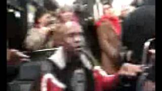 Naturally 7  - Feel It Unbelievible freestyle singing (Live in metro)