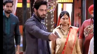 Ghulam: Veer shoots at Rangeela and others!