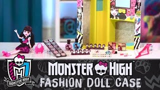 Look Your Beast with Draculaura & the Monster High Fashion Doll Case   Monster High