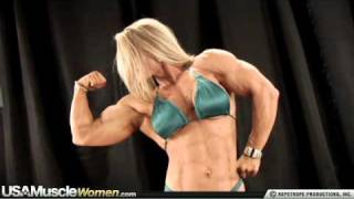 Female Bodybuilder Kris Murrell Flexes