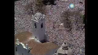 Asunción de Alfonsín: discurso en el Cabildo y acto en Cancillería, 1983