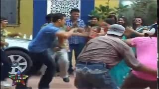 Salman Khan  Does Garba With Daya On  Taarak Mehta Ka Ulta Chasma