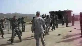 Régis fait son entraînement militaire