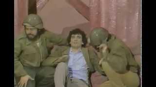 Massimo Troisi - La Guerra - La Smorfia 1979