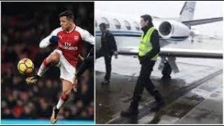 Alexis Sanchez boards private jet to manchester