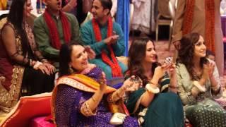 Beautiful Pakistani Mehndi Dance Performance on  Old hindi remix Songs