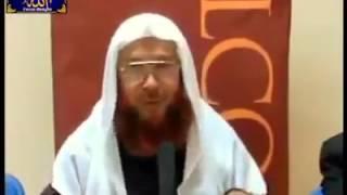মুসলিমরা কি চার মাযহাবের যে কোন এক মাযহাব মানতে বাধ্য