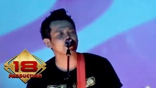 Superman Is Dead (SID) - Bukan Pahlawan (Live Konser Malang 1 April 2013)