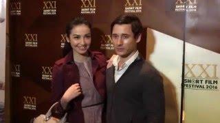 Velove Vexia dan Nino Fernandez Gemilang di Premiere