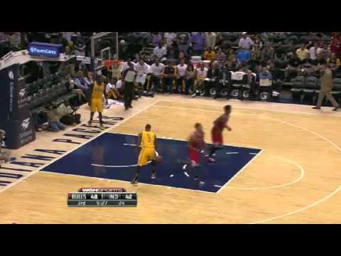 Derrick Rose first in-game dunk after