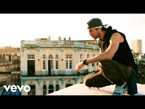 Download Enrique Iglesias - SUBEME LA RADIO (Official Video) ft. Descemer Bueno, Zion & Lennox On Musiku.PW