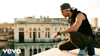 Enrique Iglesias - SUBEME LA RADIO ft. Descemer Bueno, Zion & Lennox (Official Video)