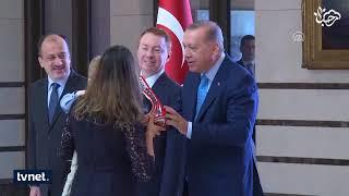 موقف طريف للرئيس التركي أردوغان أثناء إعتماد أوراق السفير الأسترالي