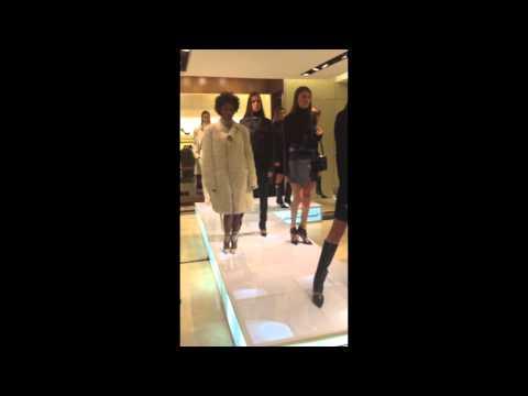 Xxx Mp4 Salvatore Ferragamo Fashion Show 3gp Sex
