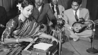Geeta Dutt : Hindi song in a Bengali film