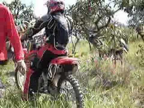 Trilha de moto em Palmelo Go. Morro do Desafio.
