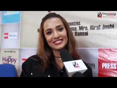 Xxx Mp4 Interesting ड्रिङ्क गरेर एक्सलाई फोन गरेकी छु Priyanka Karki FilmyKhabar Com 3gp Sex