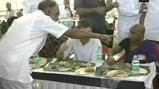 MNREGA success: Rahul eats lunch with locals in AP