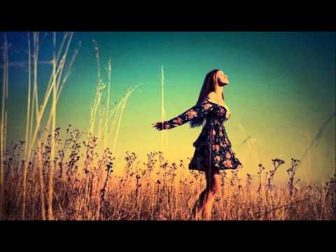 Download Lagu Alina Baraz & Galimatias - Fantasy (Mark Ralph Re-Work)