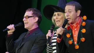 Danny Elfman, Catherine O'Hara, & Paul Reubens - Kidnap the Sandy Claws -Live - 10/31/15
