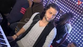 محمد عبدالسلام يعزف اغنيه الكيف والفرح كله متكسر مع امير شقاوه عالميه اولاد الشال
